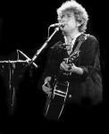 450px-Bob_Dylan_Barcelona-e1394730179545