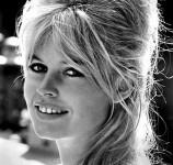 458px-Brigitte_Bardot_-_1962-e1393607658885
