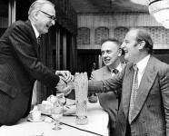763px-Maclyn_McCarty_with_Francis_Crick_and_James_D_Watson_-_10.1371_journal.pbio_.0030341.g001-O-e1393613643595