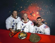765px-The_Original_Apollo_13_Prime_Crew_-_GPN-2000-001166