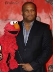 Kevin_Clash_Elmo_2010_cropped