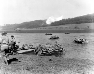 756px-1st_Infantry_Division,_crossing_the_Weser_River