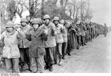 American prisoners of war. (December 22, 1944). Source: German Federal Archive, # 183-J28589 / CC-BY-SA.