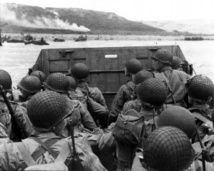 American assault troops approaching Omaha Beach. (June 6, 1944). Source: U.S. National Archives, # SC 320901.