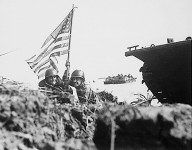 First_flag_on_Guam_-_1944
