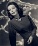 Loretta_young_studio_portrait