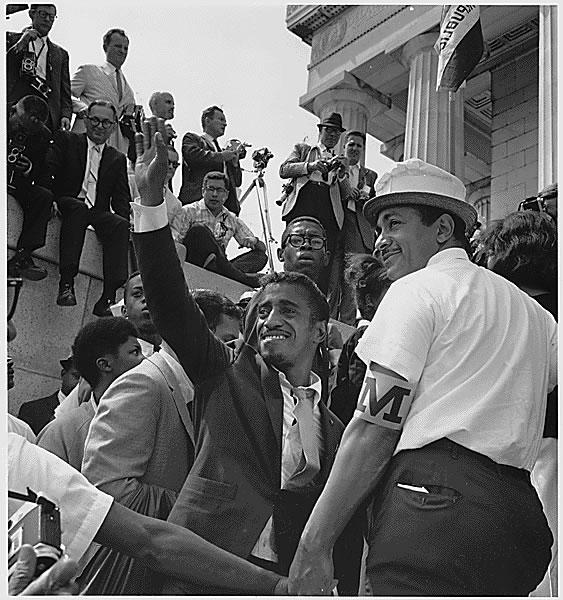 Actor Sammy Davis, Jr. among the March on Washington crowd. (Aug. 28, 1963). Source: U.S. National Archives #542050.
