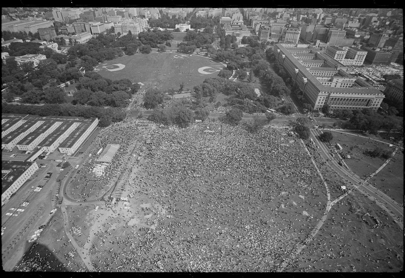 Aerial view, looking north from the Washington Monument, of the March. (Aug. 28, 1963). Photographed by Marion S. Trikosko. Source: Library of Congress #LC-DIG-ppmsca-37225.
