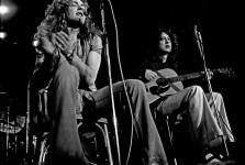 1024px-Led_Zeppelin_acoustic_1973