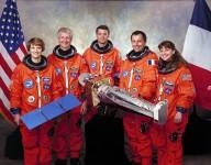 1024px-STS-93_crew
