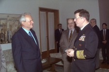 1024px-Slobodan_Milosevic_and_Joseph_Lopez_330-CFD-DF-SD-03-00767