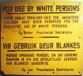 640px-ApartheidSignEnglishAfrikaans