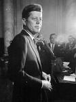 1960-JFK-announcing-310