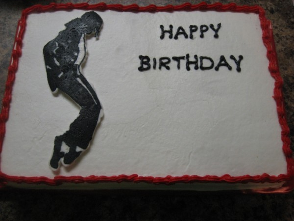 MJ-Cake-michael-jackson-35516898-800-600