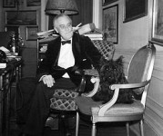 FDR-Fala-White-House-1941-crop